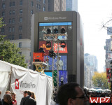 Microsoft Publishes Mash Up Video of the Big Herald Square Windows Phone