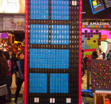 Nokia Builds Giant Lumia 800 Windows Phone From 550 Nokia Phone (Pics)