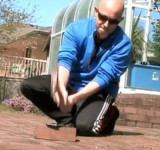 iPhone Gets Killed by Hammer and Replaced by Lumia 900 (video)