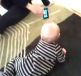 Windows Phone Entices Baby to Learn to Crawl