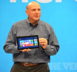 Steve Ballmer Rallies Troops With Memo After Surface Announcement