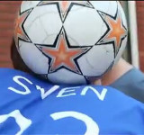 Lumia Unleashed Demo: Football Freestyle with Nokia Lumia 900 & Sven Fielitz (video)