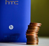 "HTC vs Nokia: ""The HTC8 X is more than 20 pennies lighter than that ""other"" Windows Phone"""