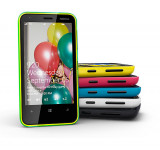 Clove: Nokia Lumia 620 Unboxing (video)