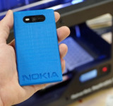 3D Printing: Makerbot Shows of Lumia 820 Shells with its Replicator 2 Printer