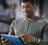New Honestly Microsoft Surface Commercial Enlist The Help Of NFL Superbowl Champion Russell Wilson (Video)